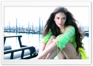 Aditi Rao Hydari HD Wide Wallpaper for Widescreen