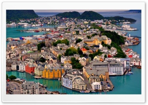 Alesund, Norway Harbor HD Wide Wallpaper for 4K UHD Widescreen desktop & smartphone
