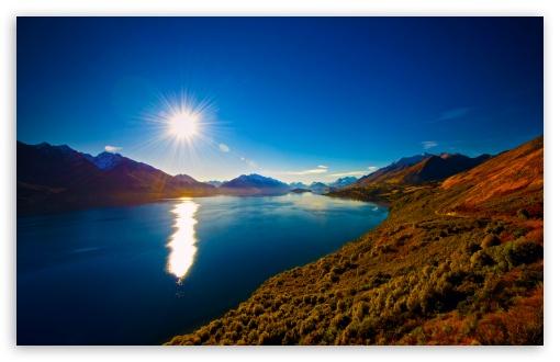 Download Amazing View of Lake Wakatipu, New Zealand HD Wallpaper