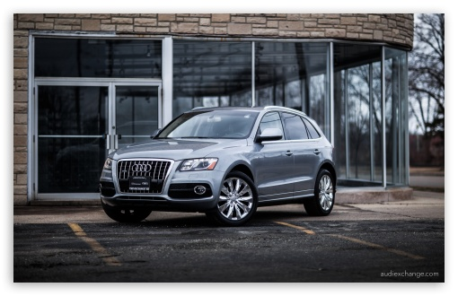 Audi Q5 with Chrome Wheels HD wallpaper for Wide 16:10 5:3 Widescreen WHXGA WQXGA WUXGA WXGA WGA ; HD 16:9 High Definition WQHD QWXGA 1080p 900p 720p QHD nHD ; UHD 16:9 WQHD QWXGA 1080p 900p 720p QHD nHD ; Standard 3:2 Fullscreen DVGA HVGA HQVGA devices ( Apple PowerBook G4 iPhone 4 3G 3GS iPod Touch ) ; Mobile 5:3 3:2 16:9 - WGA DVGA HVGA HQVGA devices ( Apple PowerBook G4 iPhone 4 3G 3GS iPod Touch ) WQHD QWXGA 1080p 900p 720p QHD nHD ;