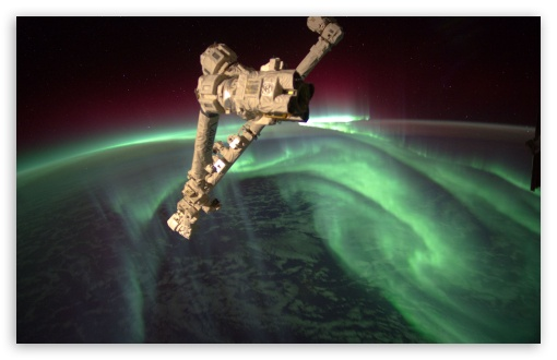 NASA timelapse video shows northern lights appear from