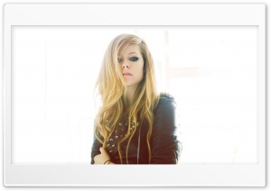 Avril Lavigne HD Wide Wallpaper for 4K UHD Widescreen desktop & smartphone