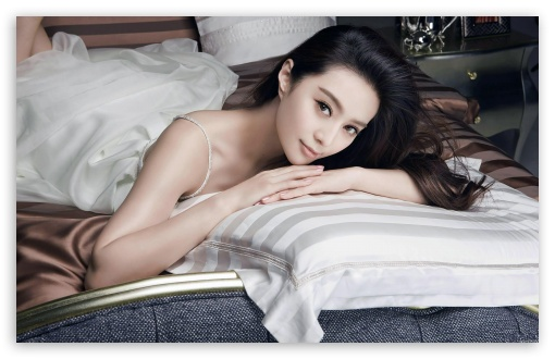 Beautiful Girl Resting On A Bed HD wallpaper for Wide 16:10 5:3 Widescreen WHXGA WQXGA WUXGA WXGA WGA ; HD 16:9 High Definition WQHD QWXGA 1080p 900p 720p QHD nHD ; Standard 4:3 5:4 3:2 Fullscreen UXGA XGA SVGA QSXGA SXGA DVGA HVGA HQVGA devices ( Apple PowerBook G4 iPhone 4 3G 3GS iPod Touch ) ; iPad 1/2/Mini ; Mobile 4:3 5:3 3:2 16:9 5:4 - UXGA XGA SVGA WGA DVGA HVGA HQVGA devices ( Apple PowerBook G4 iPhone 4 3G 3GS iPod Touch ) WQHD QWXGA 1080p 900p 720p QHD nHD QSXGA SXGA ;