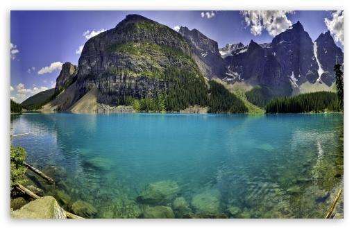 Beautiful Moraine Lake In Banff National Park, Alberta