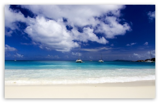 Download Beautiful Tropical Seascape HD Wallpaper
