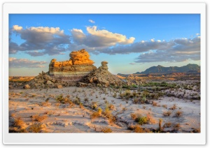 Big Bend National Park - Hoodoos - Chisos Mountains HD Wide Wallpaper for Widescreen