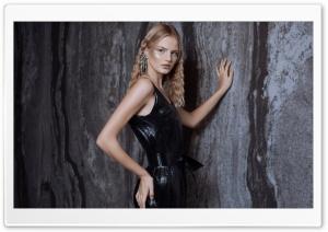 Blonde Girl Model in a Black Dress HD Wide Wallpaper for 4K UHD Widescreen desktop & smartphone