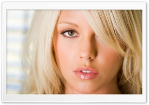 Blonde Girl With Shiny Lips HD Wide Wallpaper for Widescreen