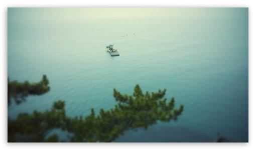 Boat at the Sea ❤ 4K UHD Wallpaper for 4K UHD 16:9 Ultra High Definition 2160p 1440p 1080p 900p 720p ; UHD 16:9 2160p 1440p 1080p 900p 720p ; Mobile 16:9 - 2160p 1440p 1080p 900p 720p ;
