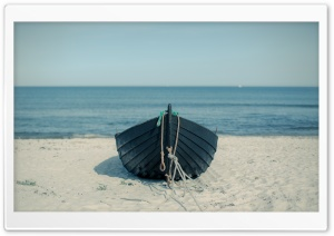 Boat On The Beach HD Wide Wallpaper for 4K UHD Widescreen desktop & smartphone