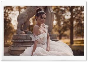 Bride Smiling Ultra HD Wallpaper for 4K UHD Widescreen desktop, tablet & smartphone