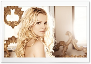 Britney Spears Femme Fatale HD Wide Wallpaper for Widescreen