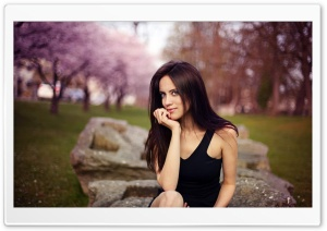 Brunette Girl - Spring Bokeh HD Wide Wallpaper for Widescreen