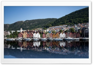 Bryggen Old Wharf and Traditional Wooden Buildings, Bergen, Norway, Europe HD Wide Wallpaper for Widescreen