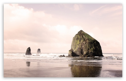 Download Cannon Beach UltraHD Wallpaper