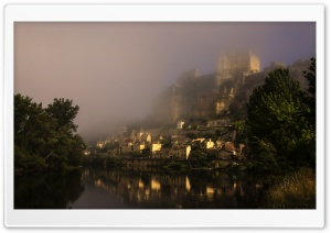 Castle In Beynac Et Cazenac, France HD Wide Wallpaper for 4K UHD Widescreen desktop & smartphone