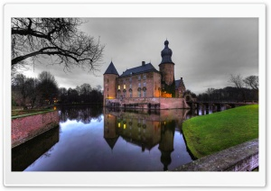Castle Reflection, Germany HD Wide Wallpaper for Widescreen