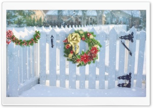 Christmas Wreath On White Fence HD Wide Wallpaper for 4K UHD Widescreen desktop & smartphone