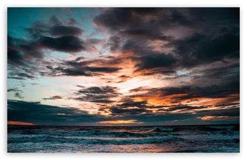Cloudy Beach Sunset Ultra Hd Desktop Background Wallpaper For 4k Uhd Tv Widescreen Ultrawide Desktop Laptop Tablet Smartphone