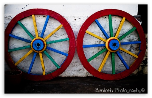 Colorful Wheels HD wallpaper for Wide 16:10 Widescreen WHXGA WQXGA WUXGA WXGA ; Standard 4:3 3:2 Fullscreen UXGA XGA SVGA DVGA HVGA HQVGA devices ( Apple PowerBook G4 iPhone 4 3G 3GS iPod Touch ) ; iPad 1/2/Mini ; Mobile 4:3 3:2 - UXGA XGA SVGA DVGA HVGA HQVGA devices ( Apple PowerBook G4 iPhone 4 3G 3GS iPod Touch ) ;