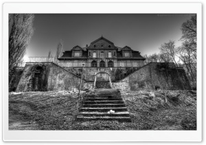 Creepy Old Mansion HD Wide Wallpaper for Widescreen