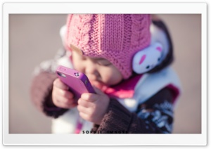 Cute Baby Talking On The Phone HD Wide Wallpaper for Widescreen