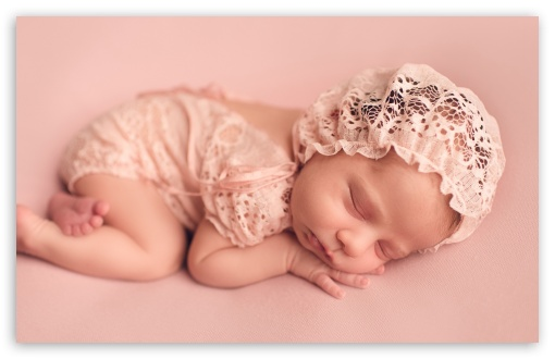 Download Cute Newborn Baby Girl HD Wallpaper