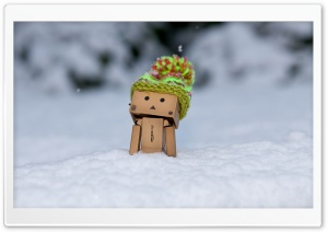 Danbo Discovering Snow HD Wide Wallpaper for Widescreen