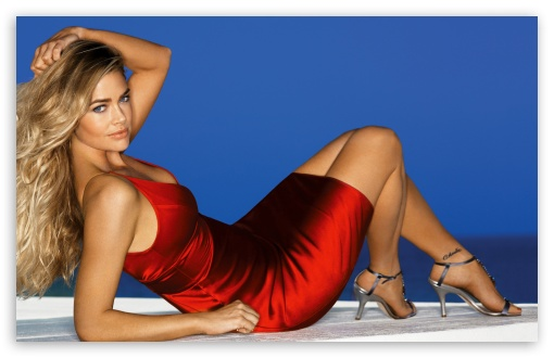 denise_richards_young-t2.jpg
