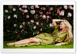 Emma Bunton & Roses HD Wide Wallpaper for Widescreen