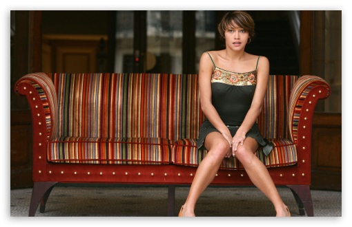 Emma De Caunes HD wallpaper for Wide 16:10 5:3 Widescreen WHXGA WQXGA WUXGA WXGA WGA ; Standard 4:3 5:4 3:2 Fullscreen UXGA XGA SVGA QSXGA SXGA DVGA HVGA HQVGA devices ( Apple PowerBook G4 iPhone 4 3G 3GS iPod Touch ) ; Tablet 1:1 ; iPad 1/2/Mini ; Mobile 4:3 5:3 3:2 5:4 - UXGA XGA SVGA WGA DVGA HVGA HQVGA devices ( Apple PowerBook G4 iPhone 4 3G 3GS iPod Touch ) QSXGA SXGA ;