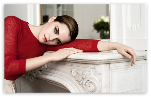 Emma Watson In Red HD wallpaper for Wide 16:10 5:3 Widescreen WHXGA WQXGA WUXGA WXGA WGA ; HD 16:9 High Definition WQHD QWXGA 1080p 900p 720p QHD nHD ; Standard 3:2 Fullscreen DVGA HVGA HQVGA devices ( Apple PowerBook G4 iPhone 4 3G 3GS iPod Touch ) ; Mobile 5:3 3:2 16:9 - WGA DVGA HVGA HQVGA devices ( Apple PowerBook G4 iPhone 4 3G 3GS iPod Touch ) WQHD QWXGA 1080p 900p 720p QHD nHD ;