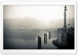 Foggy Morning In Amsterdam HD Wide Wallpaper for 4K UHD Widescreen desktop & smartphone