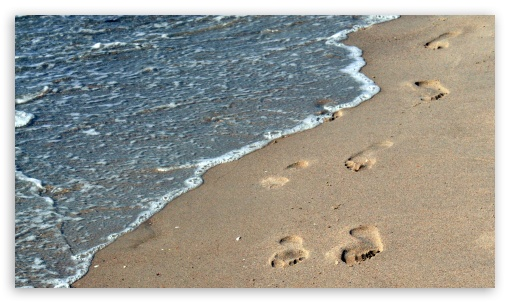 Footsteps In The Sand HD wallpaper for Tablet 1:1 ; iPad 1/2/Mini ; Mobile 4:3 5:3 16:9 - UXGA XGA SVGA WGA WQHD QWXGA 1080p 900p 720p QHD nHD ;