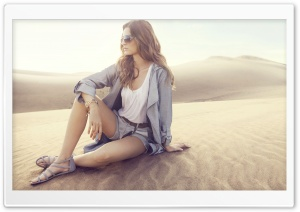 Girl In The Desert HD Wide Wallpaper for Widescreen