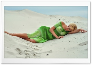 Girl In The Sand HD Wide Wallpaper for Widescreen