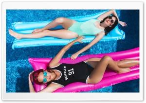 Girls Having Fun Ultra HD Wallpaper for 4K UHD Widescreen desktop, tablet & smartphone