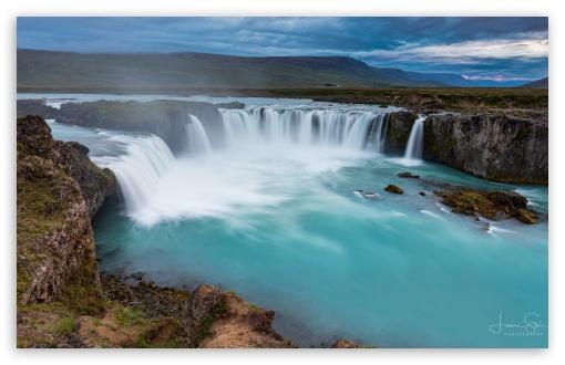 Godafoss Waterfall Iceland UltraHD Wallpaper for Wide 16:10 5:3 Widescreen WHXGA WQXGA WUXGA WXGA WGA ; UltraWide 21:9 24:10 ; 8K UHD TV 16:9 Ultra High Definition 2160p 1440p 1080p 900p 720p ; UHD 16:9 2160p 1440p 1080p 900p 720p ; Standard 3:2 Fullscreen DVGA HVGA HQVGA ( Apple PowerBook G4 iPhone 4 3G 3GS iPod Touch ) ; Mobile 5:3 3:2 16:9 - WGA DVGA HVGA HQVGA ( Apple PowerBook G4 iPhone 4 3G 3GS iPod Touch ) 2160p 1440p 1080p 900p 720p ;