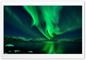 Green Lights In The Sky 2014 HD Wide Wallpaper for Widescreen