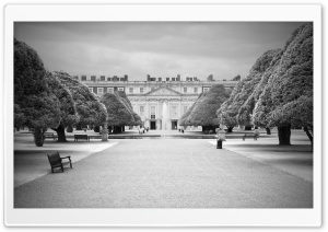 Hampton Court Palace BW HD Wide Wallpaper for Widescreen