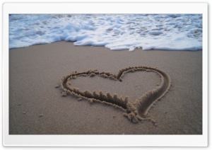 Heart in Sand HD Wide Wallpaper for Widescreen