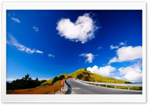 Heart Shaped Cloud HD Wide Wallpaper for 4K UHD Widescreen desktop & smartphone