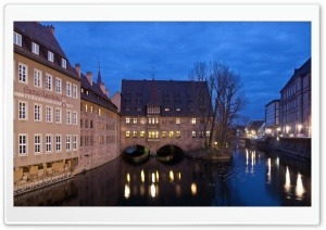 Heilig-Geist-Spital in Nuremberg, Germany HD Wide Wallpaper for 4K UHD Widescreen desktop & smartphone