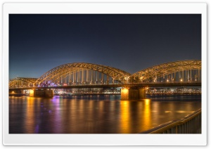 Hohenzollern Bridge at Dusk HD Wide Wallpaper for 4K UHD Widescreen desktop & smartphone