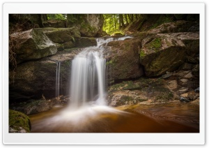 Ilse Waterfall, Harz National Park, Saxony-Anhalt, Germany HD Wide Wallpaper for 4K UHD Widescreen desktop & smartphone