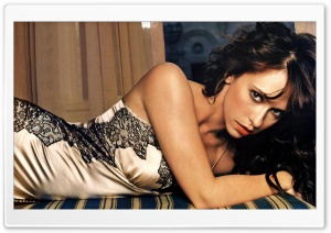 Jennifer Love Hewitt 4 HD Wide Wallpaper for 4K UHD Widescreen desktop & smartphone