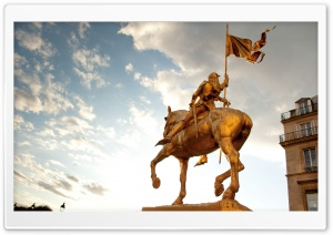 Joan Of Arc Statue At Place Des Pyramides, Paris HD Wide Wallpaper for 4K UHD Widescreen desktop & smartphone