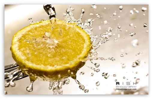 Lemon Water Splash HD wallpaper for Wide 16:10 5:3 Widescreen WHXGA WQXGA WUXGA WXGA WGA ; HD 16:9 High Definition WQHD QWXGA 1080p 900p 720p QHD nHD ; Other 3:2 DVGA HVGA HQVGA devices ( Apple PowerBook G4 iPhone 4 3G 3GS iPod Touch ) ; Mobile WVGA iPhone PSP - WVGA WQVGA Smartphone ( HTC Samsung Sony Ericsson LG Vertu MIO ) HVGA Smartphone ( Apple iPhone iPod BlackBerry HTC Samsung Nokia ) Sony PSP Zune HD Zen ;