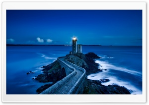 Lighthouse In The Night HD Wide Wallpaper for 4K UHD Widescreen desktop & smartphone