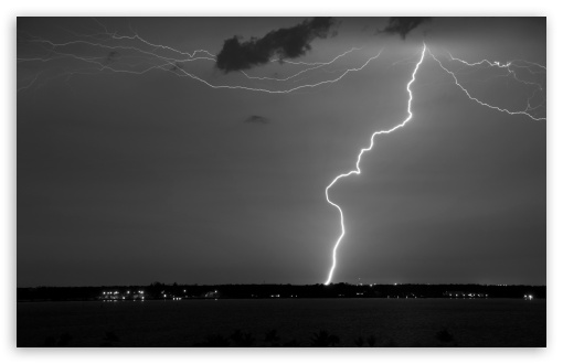Lightning Monochrome ❤ 4K UHD Wallpaper for Wide 16:10 5:3 Widescreen WHXGA WQXGA WUXGA WXGA WGA ; 4K UHD 16:9 Ultra High Definition 2160p 1440p 1080p 900p 720p ; Standard 4:3 5:4 3:2 Fullscreen UXGA XGA SVGA QSXGA SXGA DVGA HVGA HQVGA ( Apple PowerBook G4 iPhone 4 3G 3GS iPod Touch ) ; Tablet 1:1 ; iPad 1/2/Mini ; Mobile 4:3 5:3 3:2 16:9 5:4 - UXGA XGA SVGA WGA DVGA HVGA HQVGA ( Apple PowerBook G4 iPhone 4 3G 3GS iPod Touch ) 2160p 1440p 1080p 900p 720p QSXGA SXGA ;